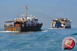 Pelabuhan dangkal KMP BRR tunda pelayaran Sabang