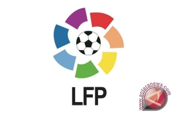 Hasil dan klasemen liga Spanyol, Barcelona jaga jarak