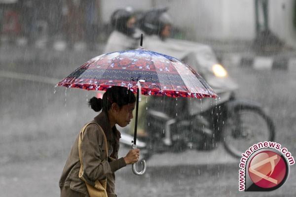 Wilayah pesisir utara Aceh hujan ringan