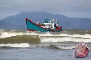 BMKG: Waspadai gelombang tinggi di perairan Barat Aceh