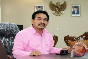 Rektor: mari bersatu bela syariat Islam