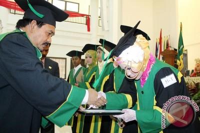 Rektor Berharap Lulusan Ar-Raniry Ciptakan Lapangan Kerja