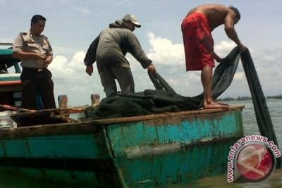 Pol Air Sergap Nelayan Pakai Pukat Trawl di Aceh Barat