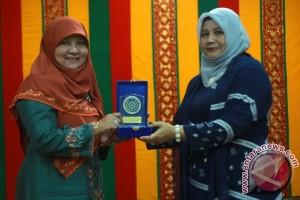 Istri Gubernur Sumatera Barat Silaturahmi Bersama PKK Aceh
