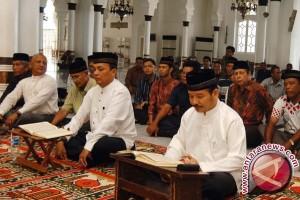 Dua Cawawako Jalani Tes Baca Al Quran