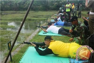 Muspida Aceh Selatan Latihan Menembak