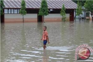 Sekolah Diliburkan Akibat Banjir di Aceh Selatan