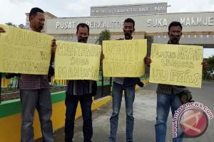 Wartawan Nagan Raya Protes Diskriminasi Pejabat