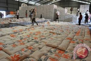 Pemerintah diminta ciptakan persaingan sehat impor beras