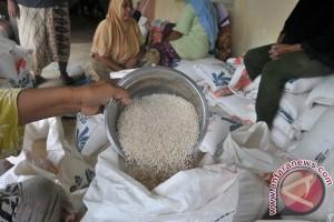 750 karung Rastra tidak layak konsumsi dikembalikan