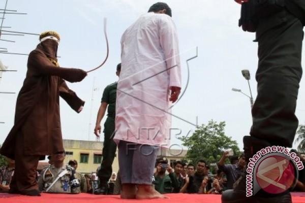 Pelaku pemerkosa dicambuk di Aceh Selatan