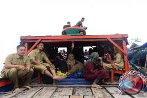 Eddy Khalil, Mengabdi di Perkampungan Nelayan Terpencil