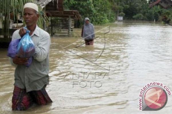 Banjir dan longsor landa Simeulue Aceh