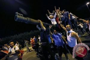 Korban tewas percobaan kudeta Turki jadi 290 orang