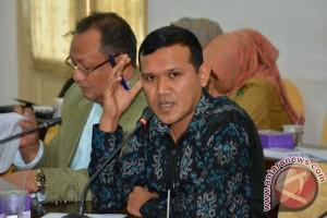 Legislator: Pemerintah daerah selesaikan persoalan lahan