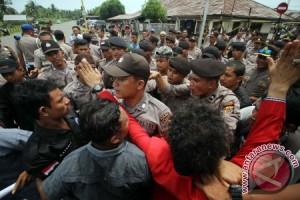Bentrok Demo PHE Aceh Utara