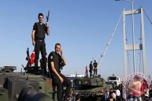 Tentara Turki bergerak ke Suriah, 35 penduduk tewas