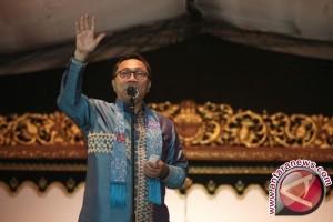 Ketua MPR: Akhiri aktivitas korupsi dalam demokrasi