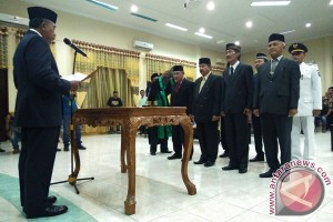 Bupati Aceh Tamiang lantik pejabat eselon II dan III
