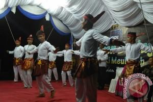 Budayawan Aceh Barat unjuk kebolehan di pentas seni