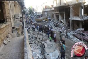 Lebih dari 10.000 warga melarikan diri dari Aleppo timur