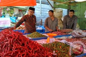 Anggota DPD memantau harga sembako di Meulaboh