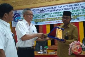 Kominfo sertifikasi tenaga kerja muda Aceh Barat