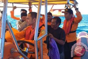 Sar selamatkan empat korban terapung di Sibolga