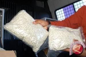 Polisi tangkap penjual ratusan butir ekstasi