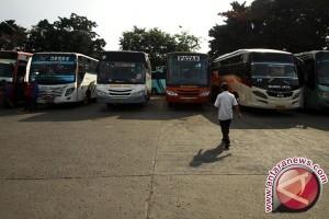 Terminal minibus Lhokseumawe kurang berfungsi
