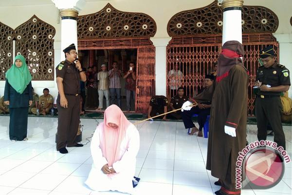 Karena sakit pelanggar syariat Islam gagal dicambuk