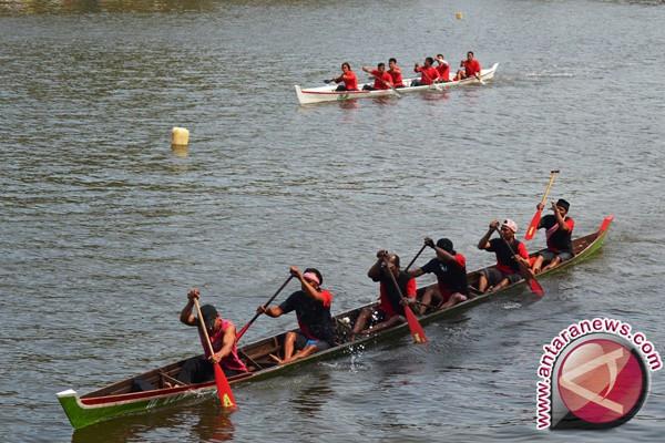 40 tim ramaikan lomba perahu di Lhokseumawe