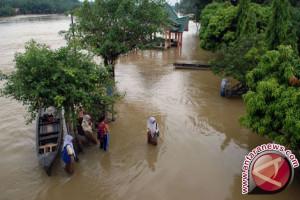 Banjir di Aceh Jaya kepung lima kecamatan