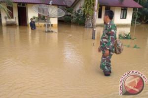 TNI dikerahkan tangani banjir di Nagan Raya