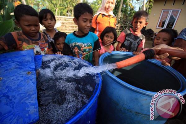 Salurkan Air Bersih