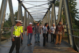 Gerak: pengaman jembatan Aceh Barat dibangun asal jadi