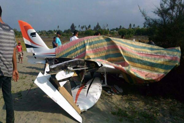 Mesin pesawat gubernur alami gangguan