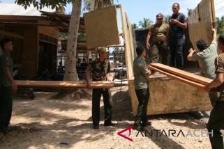 Polisi tangkap pengangkut kayu ilegal di Aceh Utara