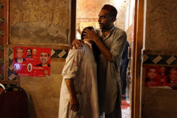 105 tewas, 150 cedera akibat bom bunuh diri di Pakistan