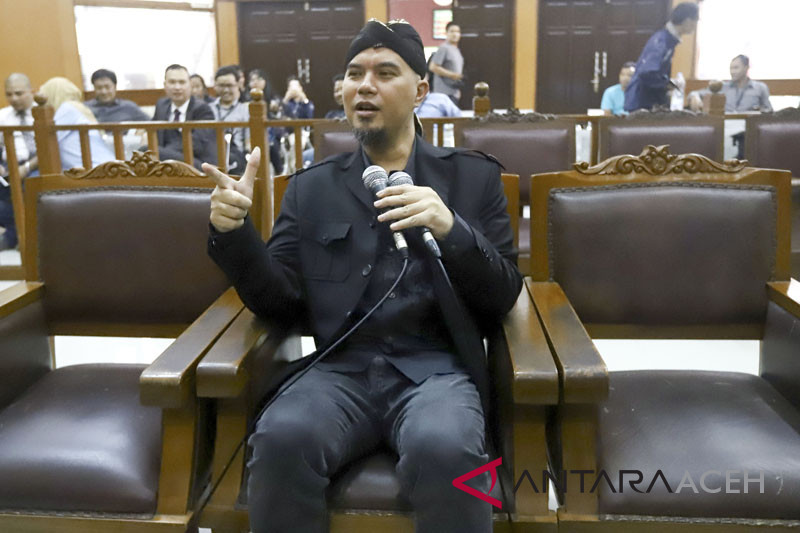 Ahmad Dhani dituntut dua tahun penjara