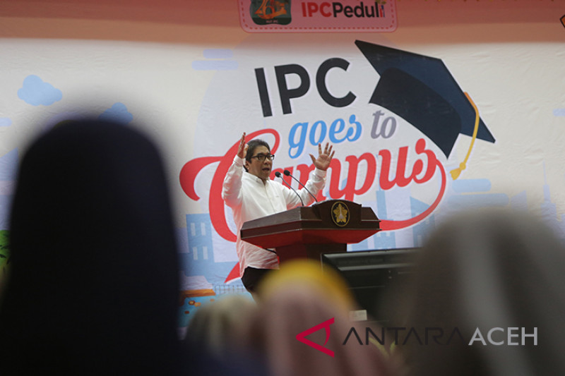 "Pelindo ""Goes To Campus"""