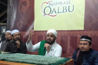 Implementasikan Syariat Islam dengan kasih sayang