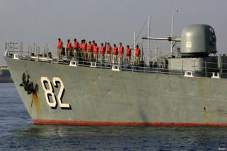 AL Iran luncurkan kapal perang siluman di Teluk