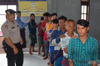 12 warga Myanmar diselamatkan nelayan Aceh