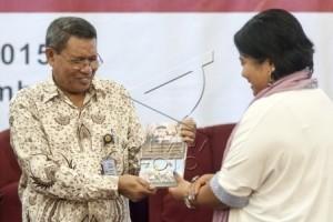 Gubernur: Demokrasi dan Perdamaian Harus Sejalan