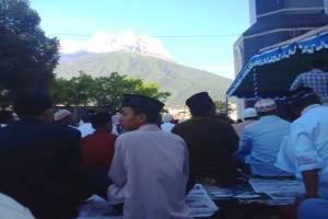 Umat Muslim Diminta Doakan Erupsi Gamalama