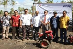 INPEX Salurkan Alat Pertanian di MTB