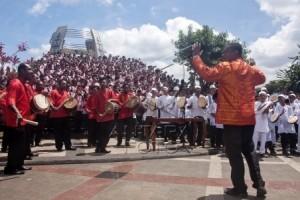 Ambon Terima Rekor MURI Kolaborasi Musik Etnik