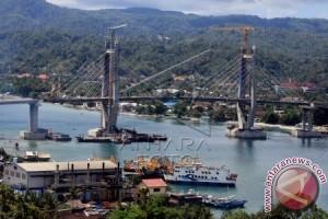 Struktur Jembatan Merah Putih Bergeser Akibat Gempa