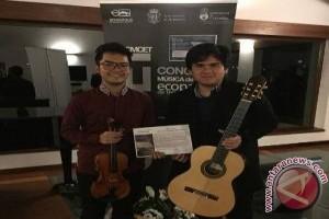 Duo Schoko Dapat Penghargaan di Spanyol